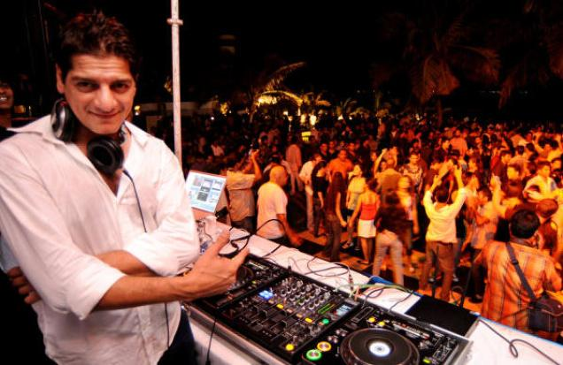 DJ Aqeel - career as Disc Jockey