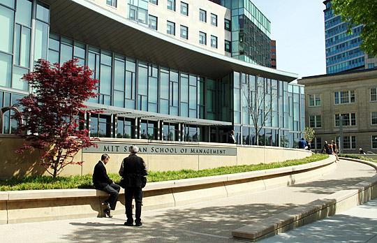 3.Massachusetts Institute of Technology, Sloan School of Management