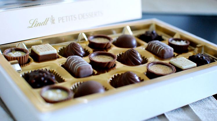 Swiss chocolate truffles and pralines of Lindt & Sprüngli