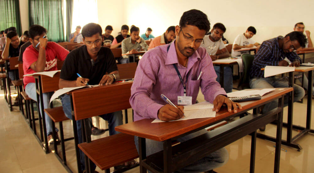 dhole_patil_college_pune_classes
