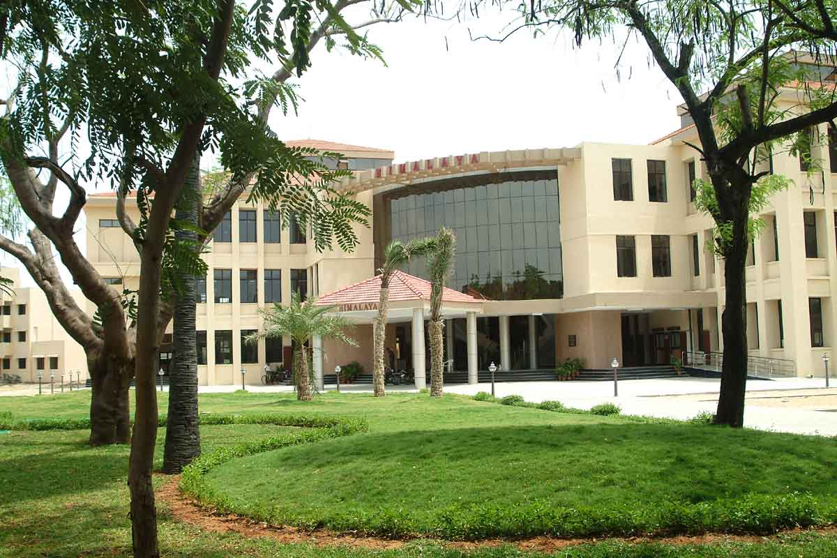 13.  Indian Institute of Technology, Madras
